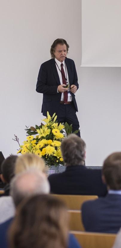 """Prof. Fritz Böhle am 9.11.2017 bei der Ergebnistagung des Projektes """"Lernen durch Arbeit"""""""